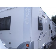 Camper profilato Elnagh pochi km Duke 310